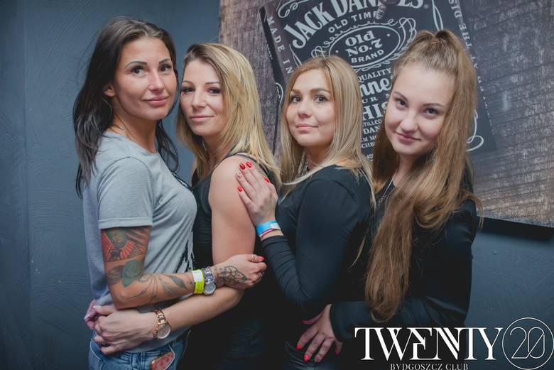Kilka dni temu zajrzeliśmy do klubu Twenty Bydgoszcz, żeby zobaczyć jak bawią się bydgoszczanie. Mamy dla was fotorelację z imprezy w samym centrum miasta.
