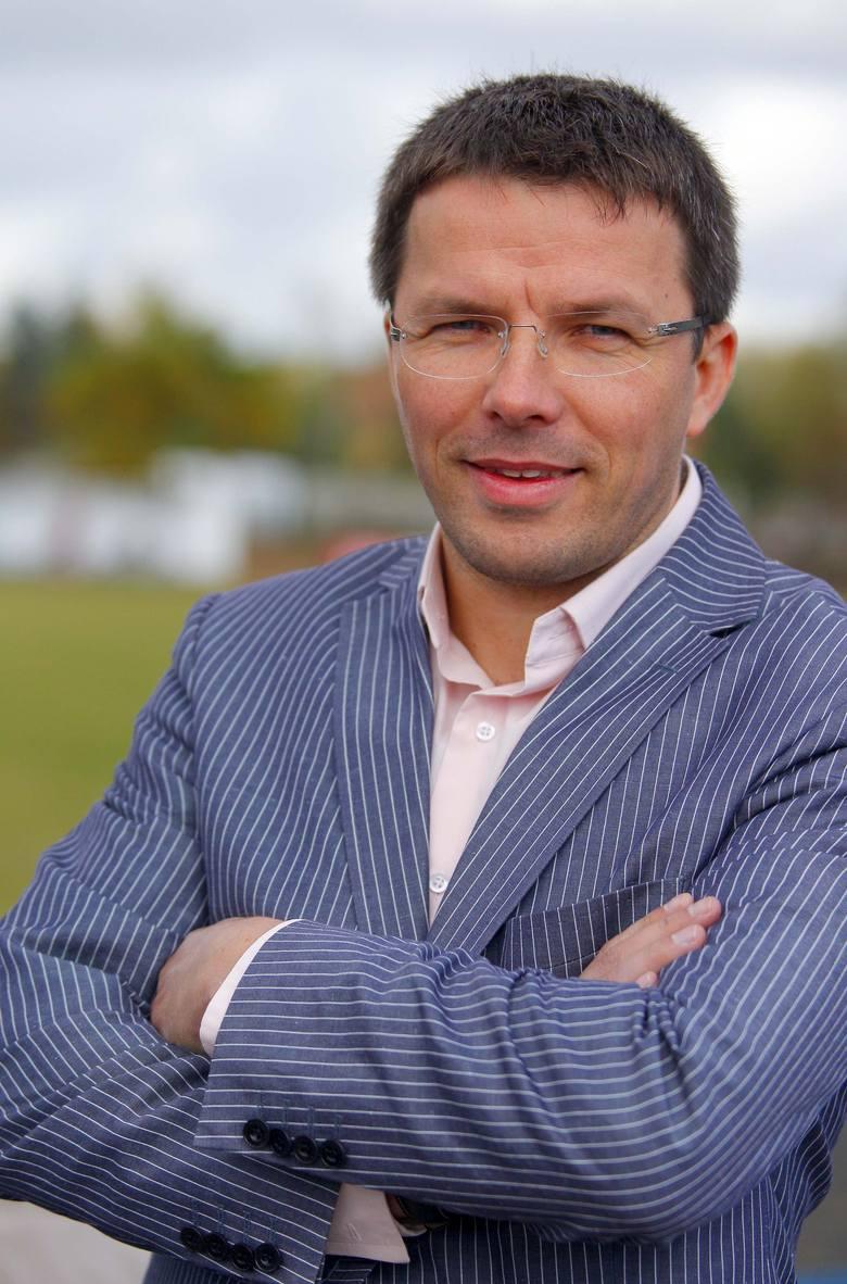 Tomasz Błaszak i jego firma z Wilkowic koło Leszna od wielu lat wspierają wielkopolski sport. Fogo jest także bowiem sponsorem tytularnym żużlowców Unii