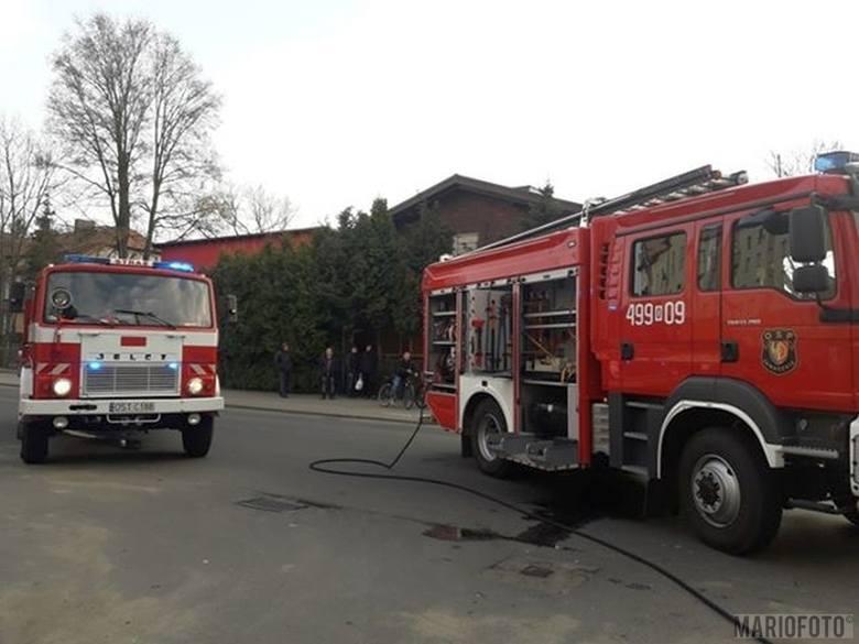 Kolizja na Opolskiej w Zawadzkiem. W piątek po godzinie 16.00 doszło do zderzenia opla z renault. Policja ustaliła, że 62-letni kierowca opla wymusił