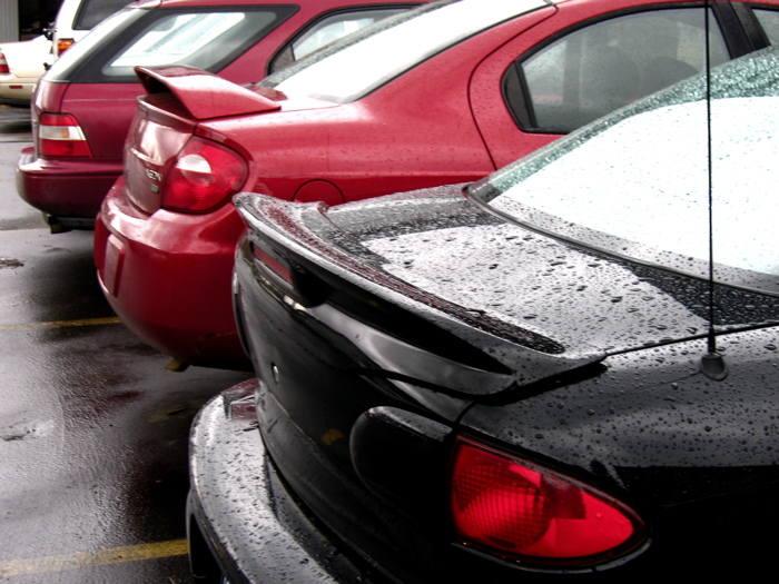 Planujesz kupić używane auto? Masz ograniczony budżet i szukasz samochodu w atrakcyjnej cenie? Sprawdź, jakie auta można kupić w najbliższym czasie na