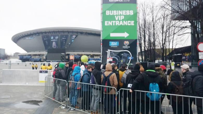 Najważniejsze rozgrywki graczy na największej e-sportowej imprezie w Polsce czas zacząć! Intel Extreme Masters 2019 w Katowicach, a raczej ESL One, bo