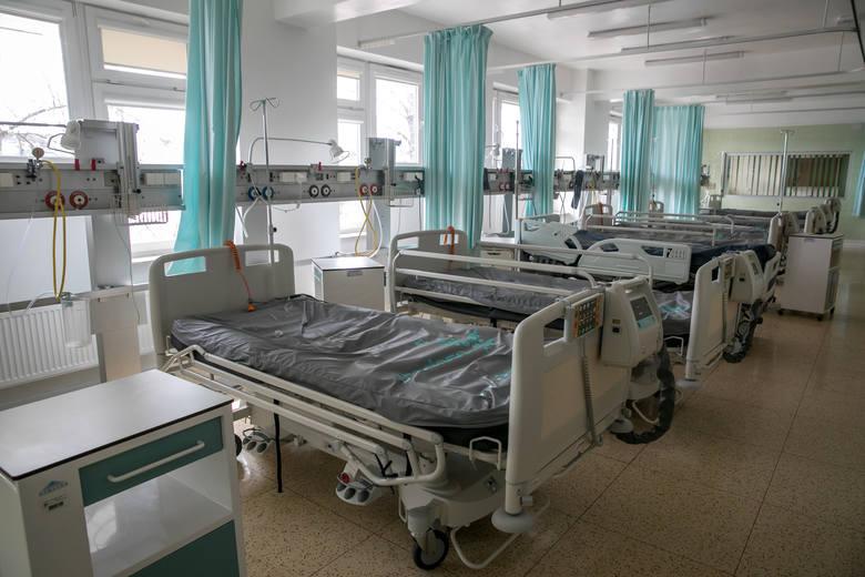 Izolatoria to miejsca dla chorych na COVID-19, którzy nie wymagają hospitalizacji. W Krakowie mieszczą się budynkach przy ul. Śniadeckich nr 2 oraz nr