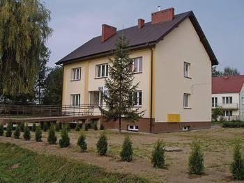 Ośrodek zdrowia w Niegowici był jednym z pierwszych obiektów w powiecie wielickim przebudowanych dzięki pomocy UE Fot. Jolanta Białek