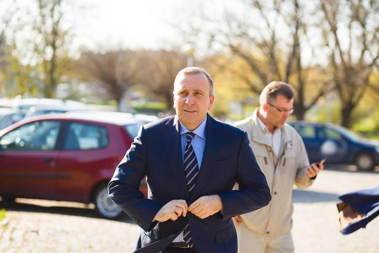 Grzegorz Schetyna przyjechał do Białegostoku, by spotkać się z podlaskimi samorządowcami. Dyskutowano m.in. o przyszłorocznych wyborach samorządowych.