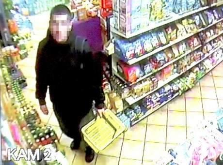Rocznie w Polsce złodzieje wynoszą towar za 1,2 miliarda euro. Każdy większy sklep ma dziś monitoring.