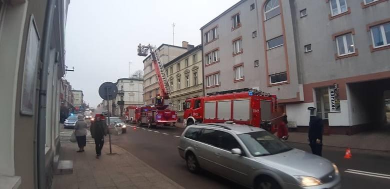 Akcja straży pożarnej przy ulicy Młyńskiej w Koszalinie [ZDJĘCIA]
