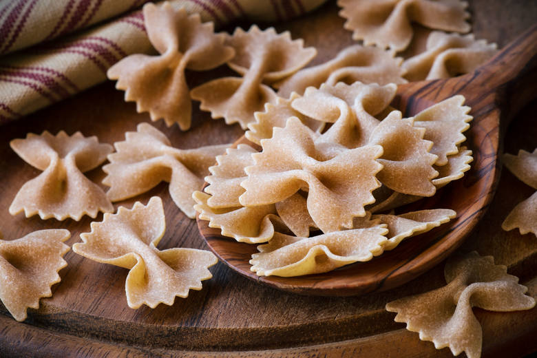 Makaron z ziarna z pełnego przemiału jest najbardziej polecanym rodzajem makaronów pszennych.  Prawdziwy włoski makaron pełnoziarnisty zawiera 100 proc.