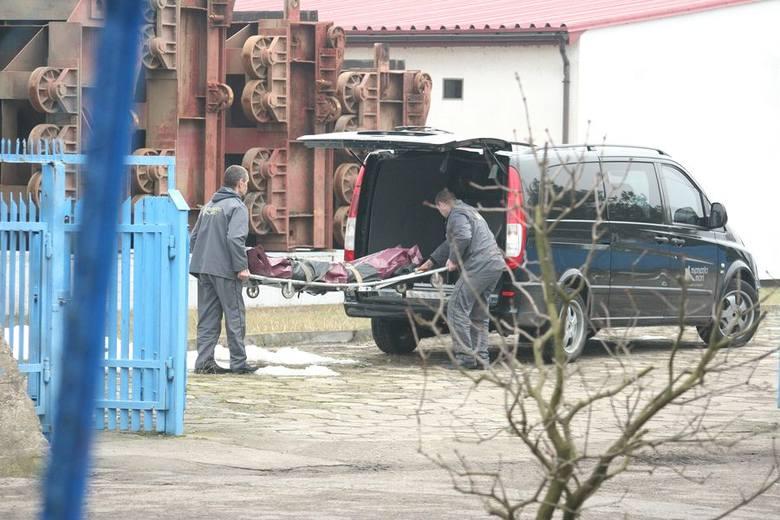 Wyłowiono zwłoki mężczyzny w okolicy włocławskiej tamy [zdjęcia]