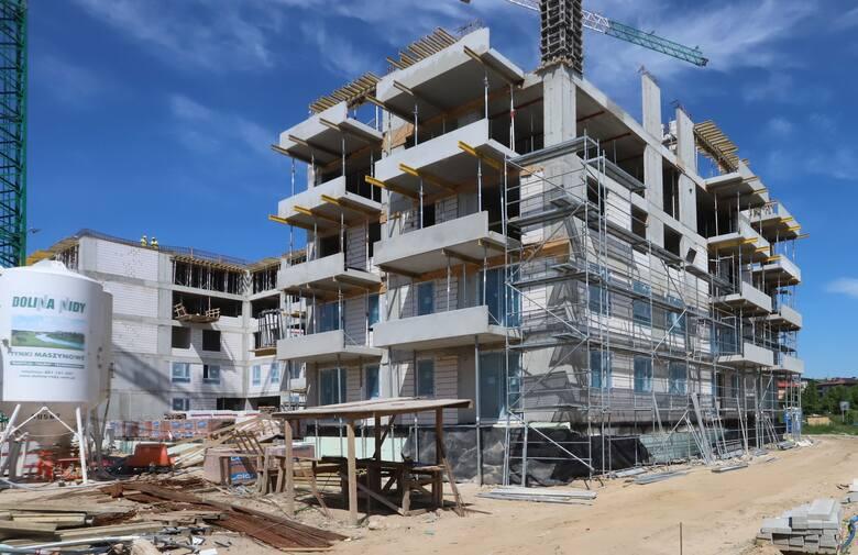 Na radomskim Wacynie budowane są nowe bloki mieszkalne w ramach projektu osiedle Idea. Całe osiedle jest częścią większej koncepcji urbanistycznej, a