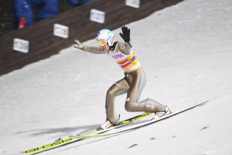 W Oberstdorfie rozpoczęły się mistrzostwa świata w narciarstwie klasycznym. Na przestrzeni lat w mistrzowskich konkursach skoków nie brakowało wydarzeń