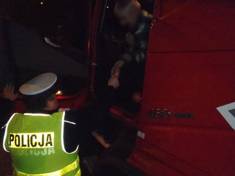 Policjanci skontrolowali ponad 120 pojazdów, oraz nałożyli 86 mandatów karnych, z których prawie wszystkie dotyczyły przekroczenia dozwolonej prędko