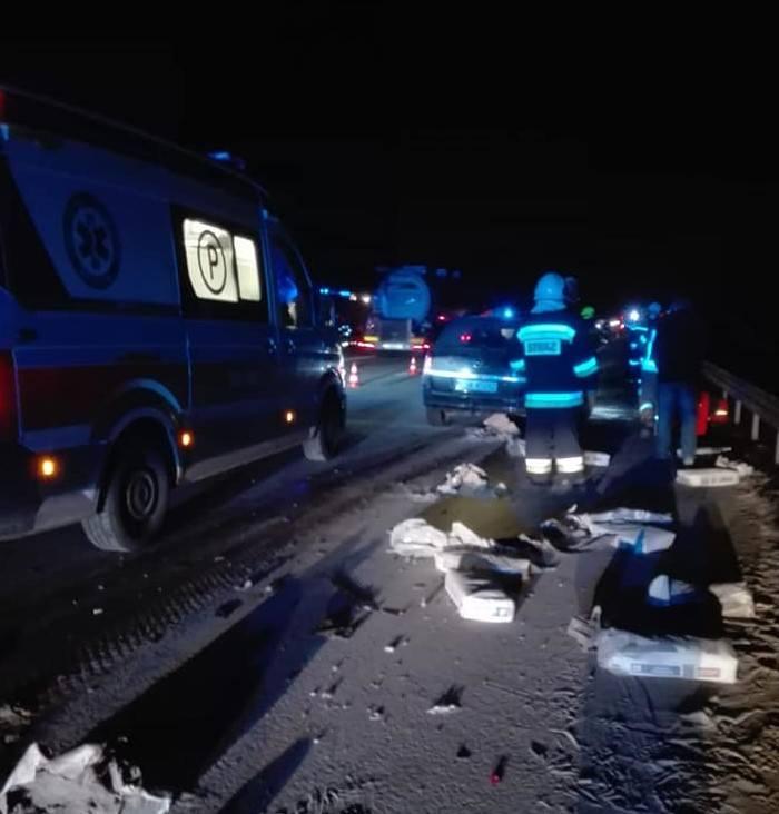 Poważny wypadek na autostradzie A2 w powiecie brzezińskim. Jedna osoba została ranna. ZDJĘCIA