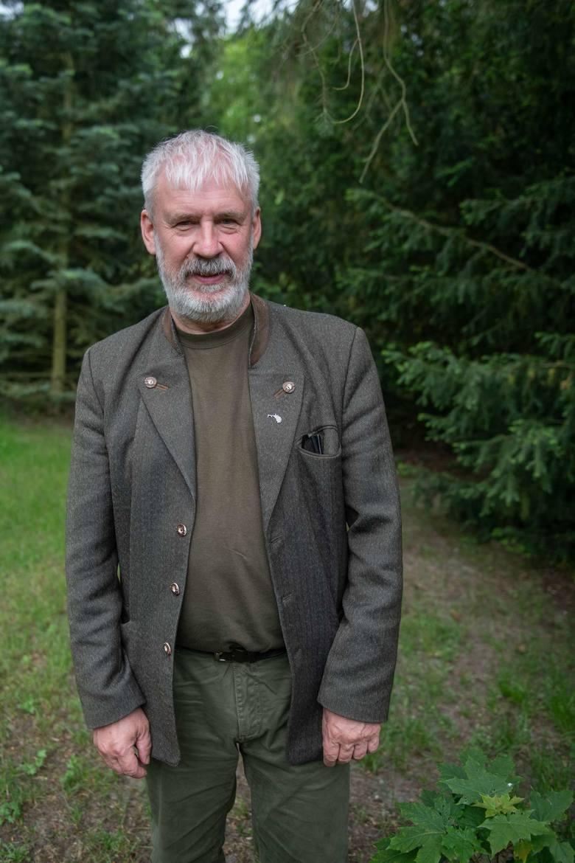 Sekrety, które skrywa Puszcza Notecka odkrywamy razem z pracownikami Nadleśnictwa Oborniki: zastępcą nadleśniczego Jarosławem Batorem i leśnikiem Konradem