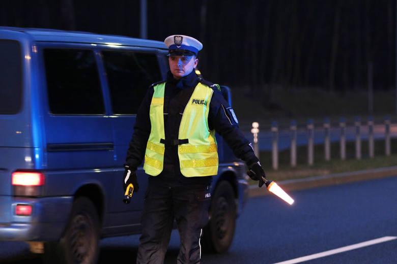 (pij)Zielonogórska drogówka w poniedziałek, 1 lutego pojawiła się na Trasie Północnej. Kontrola trzeźwości ruszyła około godz. 6.45. Policjanci sprawdzali
