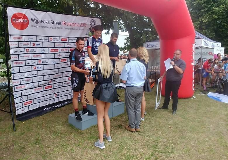 Zawodnicy bydgoskiej Polonii brali udział w wyścigu Wąpielska Strzała. Aż dwa razy szampana na podium otwierał Michał Bączkowski.Do wyścigu na dystansie