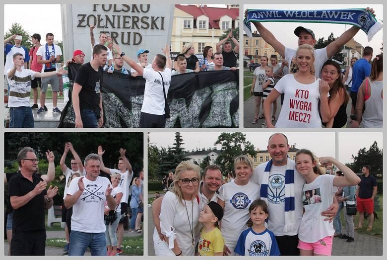 Anwil Włocławek został mistrzem ligi EBL 2017/2018. Kibice świętowali zwycięstwo swoich koszykarzy także na placu Wolności. Śpiewali i wykrzykiwali nazwiska