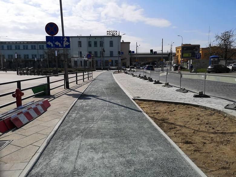 Łączna długość ścieżek rowerowych we Wrocławiu szybko zbliża się do 1200 km. Niebawem przybędą kolejne odcinki i to w ścisłym centrum miasta.Jednocześnie