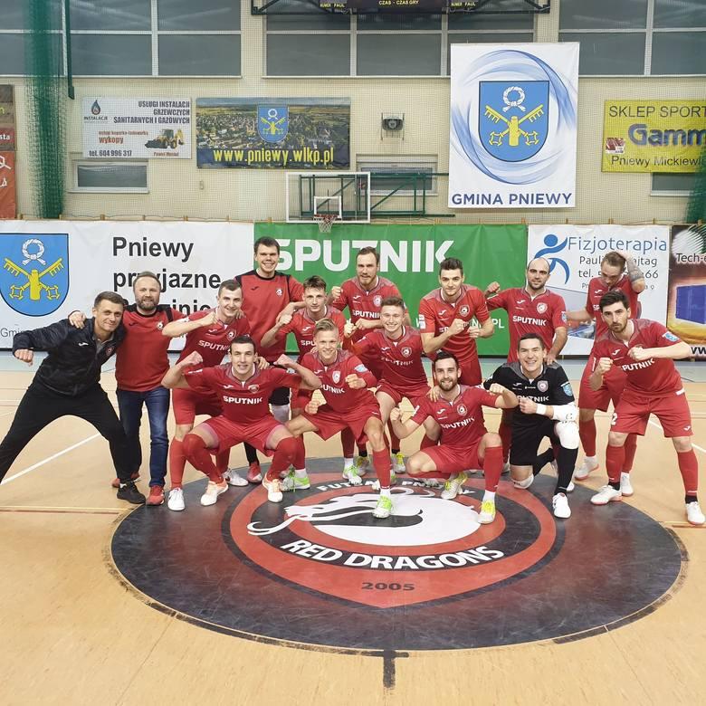 Dla Red Dragons Pniewy awans do półfinału krajowego pucharu to wyrównanie historycznego wyniku z sezonu 2017/18. O awansie do finału zadecyduje dwum