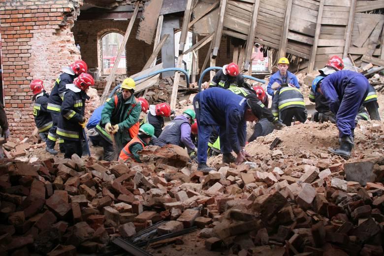 Katastrofa budowlana przy budowie galerii Alfa w Białymstoku wydarzyła się 11 marca 2008 roku. Około godziny 7.30 w tamtym rejonie pracowało kilkunastu