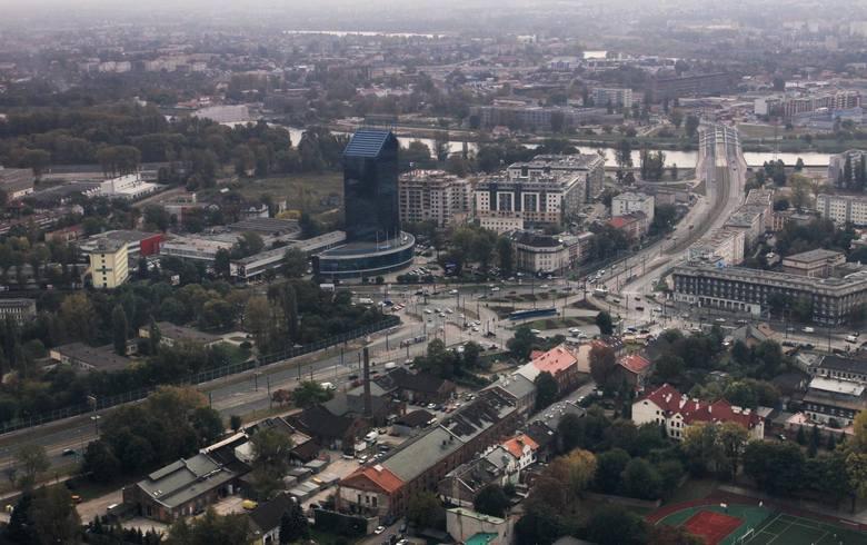 Grzegórzki – 3 stacje: Rakowicka, Kielecka, al. Pokoju.
