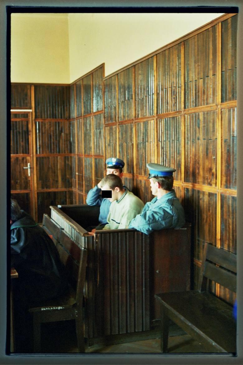 B. jak bracia. Jedna z pierwszych spraw Archiwum X. Dotyczyła zaginięcia w 1999 r.  w Michalczowej pod Nowym Sączem dwóch chłopców w wieku 9 i 10 lat