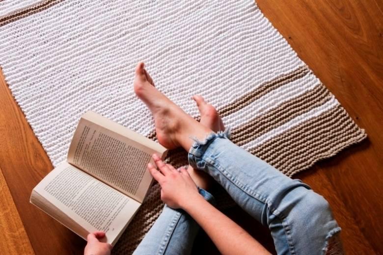 Własnoręcznie zrobiony dywanik to prawdziwy hit.