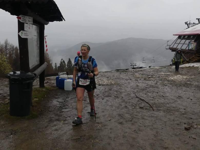 Nie lada wyczynu dokonała kielczanka Agnieszka Kozłowska. Pobiegła w Salamandra Ultra Trial 100. Pokonała trasę o długości 107,5 kilometra i zajęła 2