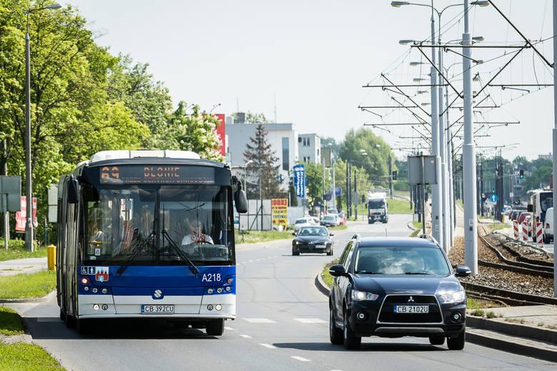 W związku z organizacją 5. Półmaratonu Bydgoskiego wprowadzone zostaną liczne zmiany w kursowaniu pojazdów komunikacji miejskiej. Tramwaje i autobusy