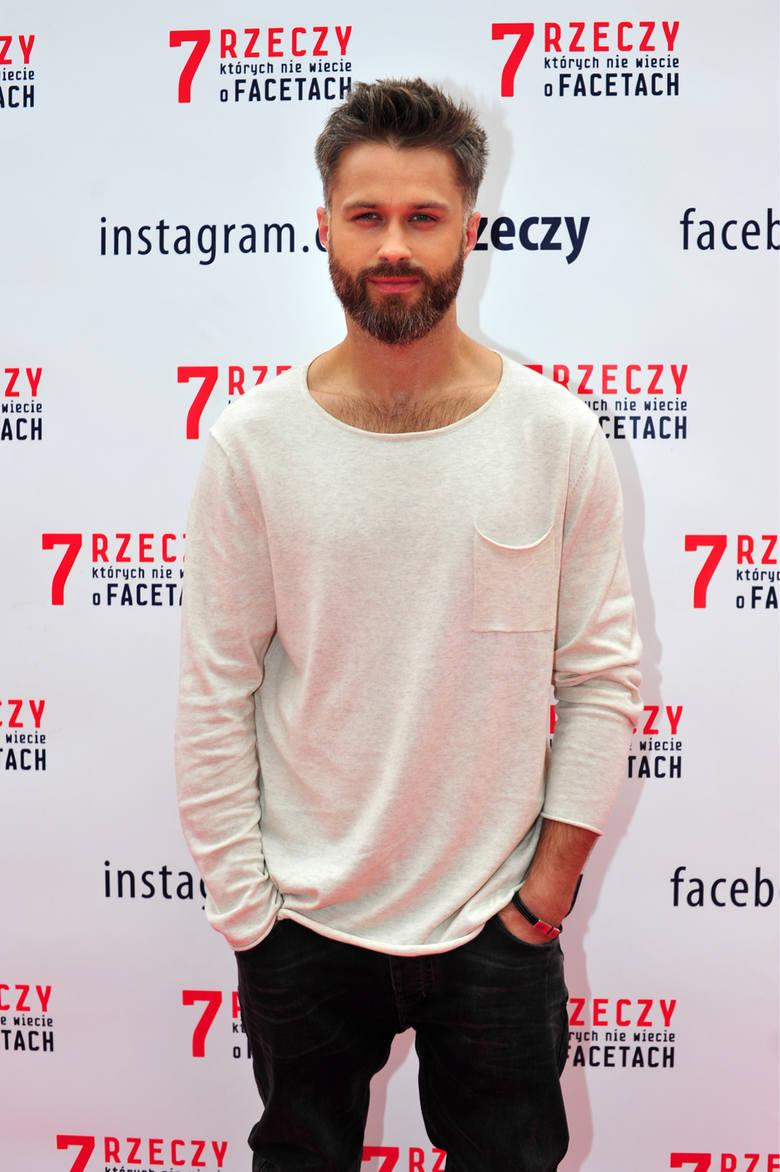 """Maciej Zakościelny zagrał w filmie """"7 rzeczy których nie wiecie o facetach""""."""