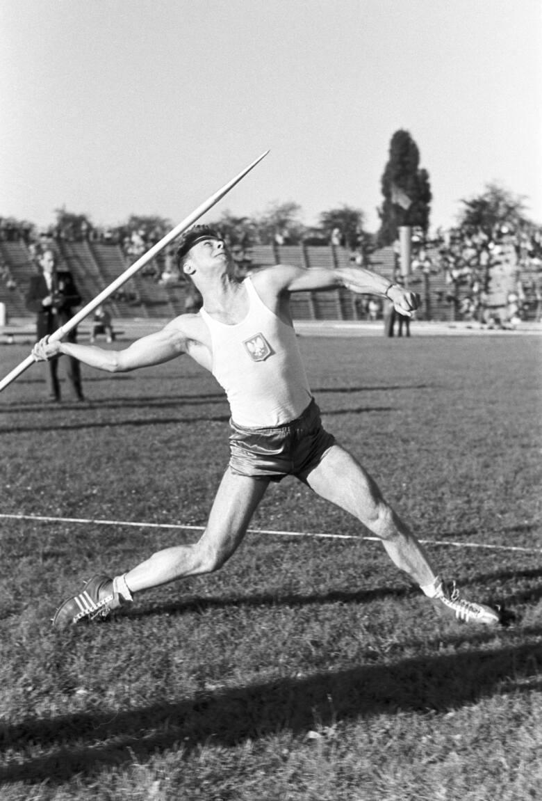 Janusz Sidło - najlepszy oszczepnik w historii polskiej lekkoatletyki, srebrny medalista olimpijski z Melbourne (1956 r.).