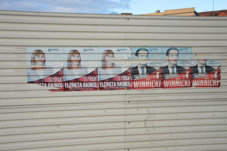 Wybory były dawno, a plakaty wciąż wiszą!