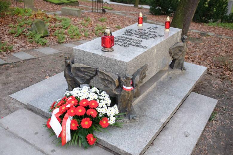 Powstanie Wielkopolskie: Oddali hołd bohaterom na Cmentarzu Zasłużonych Wielkopolan