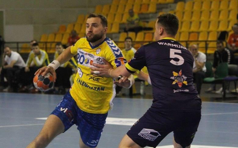 Piłkarze ręczni PGE VIVE Kielce w rewanżowym meczu ćwierćfinału PGNiG Superligi pokonali w Hali Legionów Chrobrego Głogów 34:28 i awansowali do półfinału.