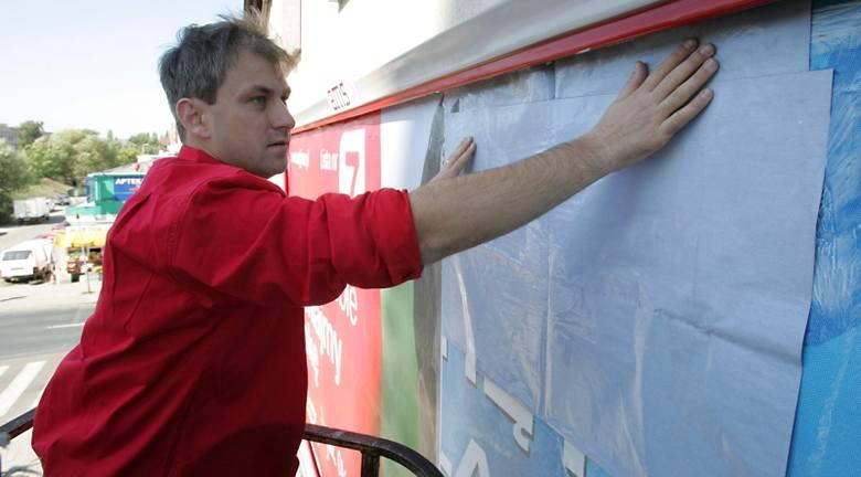 Grzegorz Napieralski trzecią kadencję jest posłem. W maju 2005 r. został sekretarzem generalnym SLD. 31 maja 2008 r. na kongresie partii został wybrany