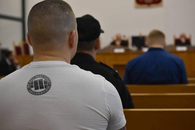 48 oskarżonym w procesie Psycho Fans postawiono zarzut uczestnictwa w zorganizowanej grupie przestępczej pseudokibiców Ruchu Chorzów. W trakcie zeznań