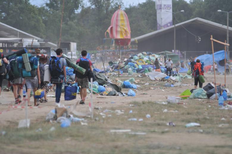 W niedzielę, 5 sierpnia, przed piątą nad ranem zakończył się PolAndRock Festival 2018. W drogę powrotną do domów ruszyły dziesiątki tysięcy festiwalowiczów.