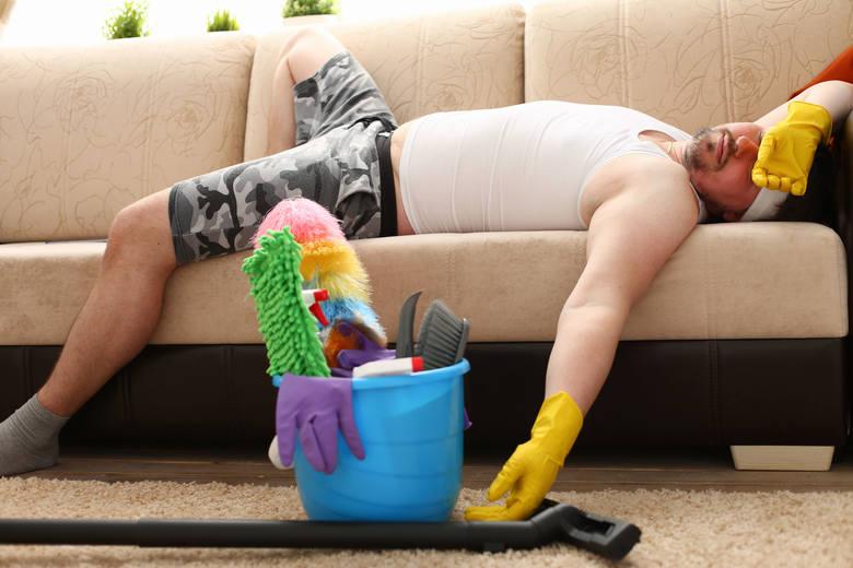 Czy można schudnąć sprzątając lub pracując zdalnie? Nie bądźcie optymistami