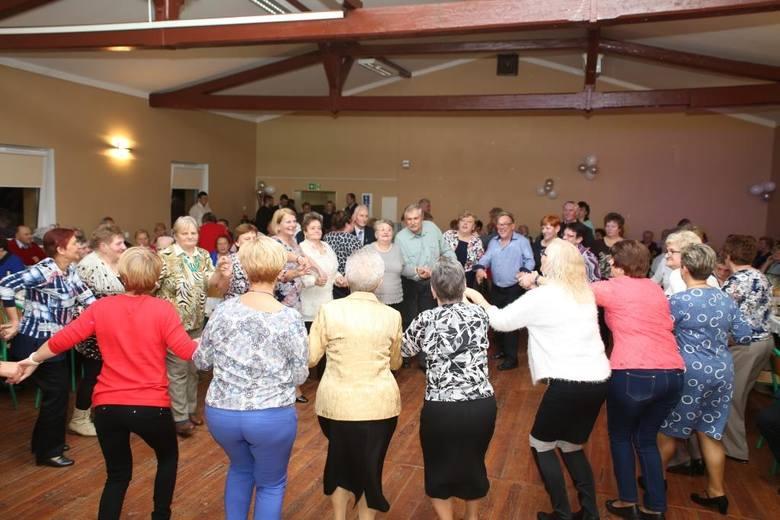 Seniorzy świętowali swój dzień w Starym Czarnowie [GALERIA]