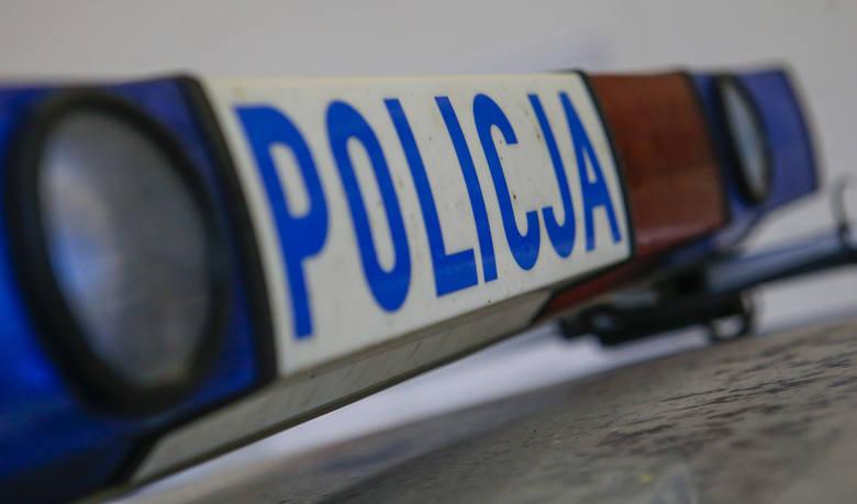 Wypadek na A4. W miejscowości Róża koło Dębicy bus uderzył w bariery energochłonne