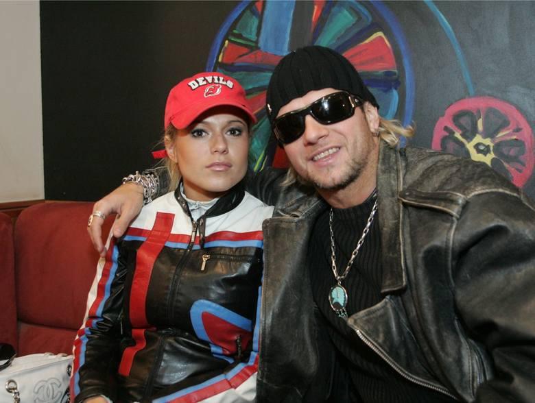 Radosław Majdan jako mąż i niemąż: jego pierwszą żoną była projektantka mody Sylwia Majdan (z domu Koperkiewicz), którą poślubił w czerwcu 1998 roku;