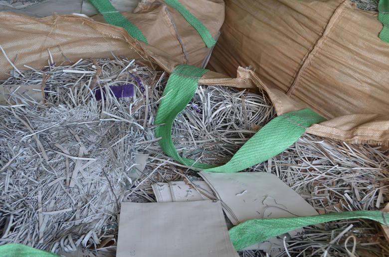 Udaremniony przewóz odpadów poprodukcyjnych z Filipin na teren Unii Europejskiej zamiast deklarowanych odpadów stalowych.Funkcjonariusze Zachodniopomorskiego