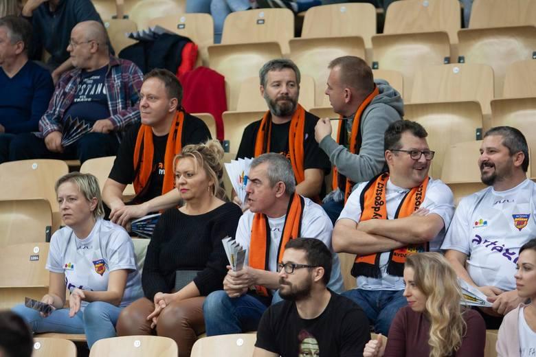 Po dwóch wygranych na początek sezonu EBLK (w Lublinie i w Bydgoszczy) oraz przegranej w Krakowie przyszedł czas EuroCup.W czwartkowy wieczór koszykarki