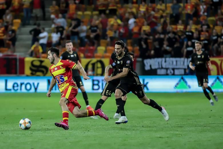 Jagiellonia po bardzo trudnym meczu wygrała 3:1 z Górnikiem Zabrze, zaliczając pierwszą wygraną w sezonie na swoim boisku.