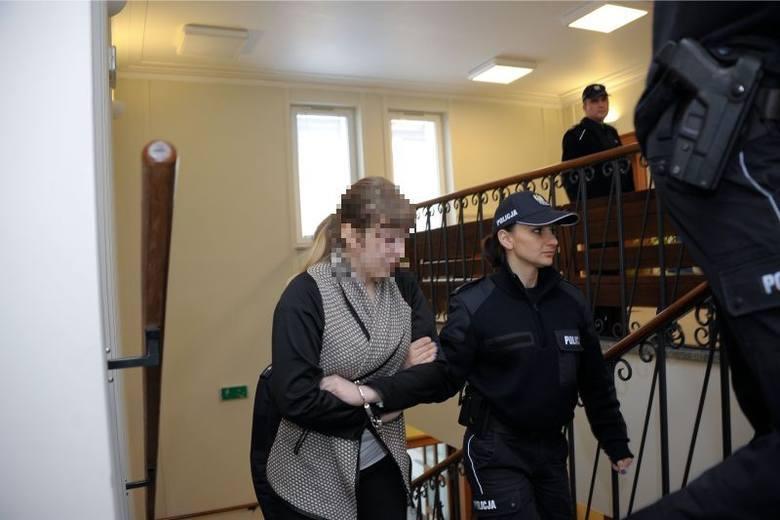Izabela M., 19-letnia licealistka zabiła swoje dziecko. Wyrok: 10 lat więzienia (zdjęcia)