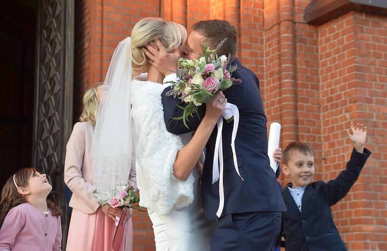 Dzisiaj, 13 października, Marek Chojnowski wszedł w związek małżeński. Wybranka jego serca ma na imię Magda. Ślub pary odbył się w archikatedrze białostockiej.