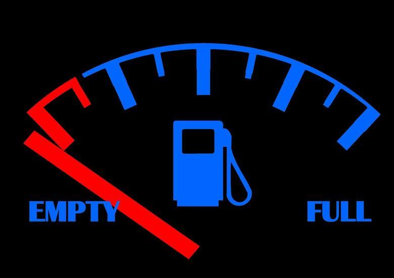 W wyniku zmian na rynkach światowych mocno rosną ceny paliw w polskich rafineriach. Co ważne: olej napędowy (podstawowe paliwo transportowe, a więc podstawa