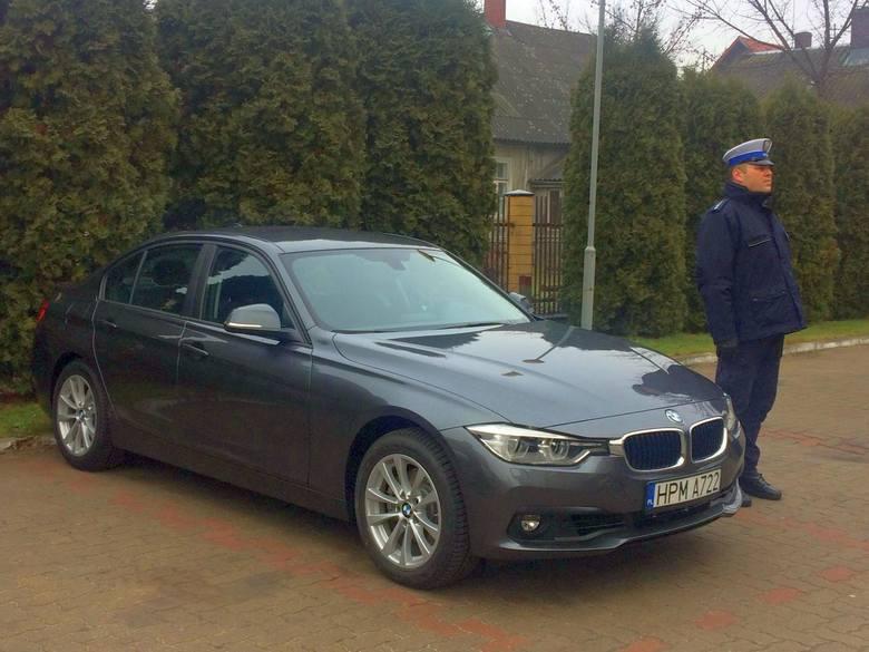 Nieoznakowany radiowóz marki BMW został już przekazany na Podlasiu - więcej zdjęć na wspolczesna.pl.