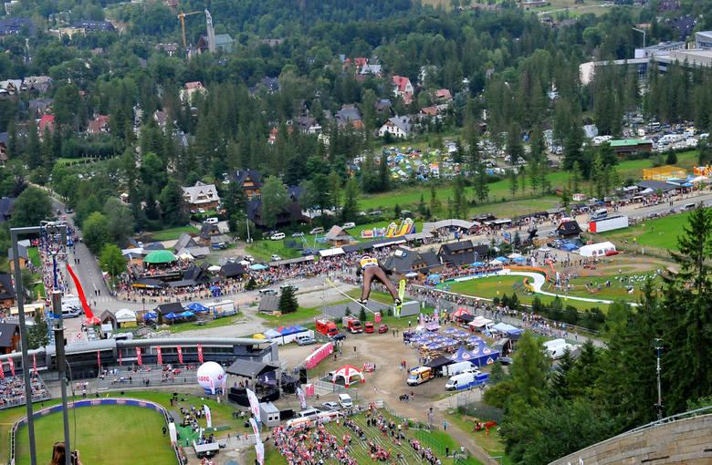 Polska zajęła drugie miejsce w drużynowych zawodach Letniego Grand Prix w Zakopanem na Wielkiej Krokwi. Zwyciężyła reprezentacja Japonii. Dwukrotnie