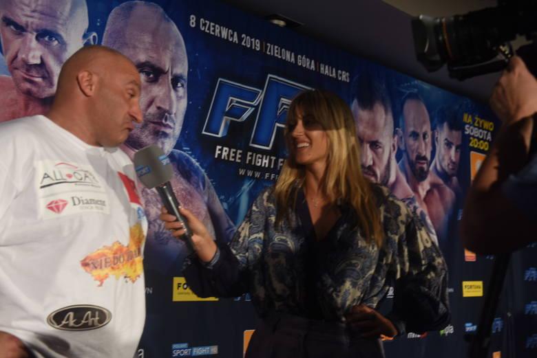 FAME MMA 8 online. Walka Najman - Don Kasjo na żywo. Gdzie obejrzeć za darmo galę FAME MMA 8? Ile kosztuje stream PPV? (20.11.2020)