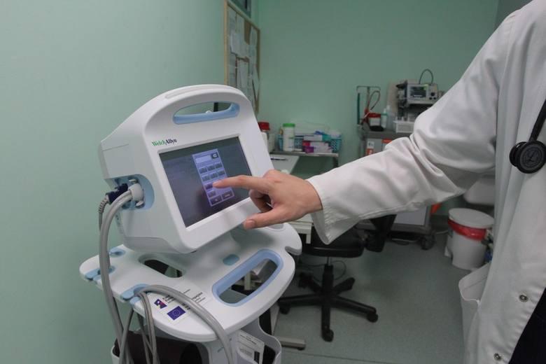 Każdy pacjent w zależności od stanu, w jakim zgłosił się na SOR, otrzyma opaskę w określonym kolorze.